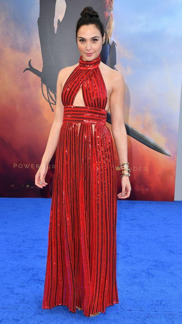 Gal Gadot Glitters At The Wonder Woman World Premiere